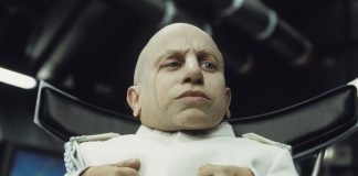 Mini-me Verne Troyer dies at 49