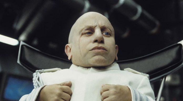 Mini-me Verne Troyer dies at 49