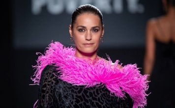 Yasmin Le Bon wake up call